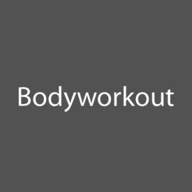 Bei diesem intensives Ganzkörpertraining arbeitest du mit deinem eigenen Körpergewicht, um bei verschiedensten Übungen deine Körpermitte zu stärken. Bei diesem intensives Ganzkörpertraining arbeitest du mit deinem eigenen Körpergewicht, um bei verschiedensten Übungen deine Körpermitte zu stärken.